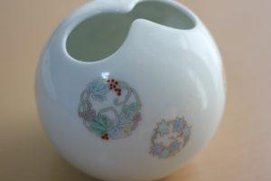 有田焼の花瓶(深川製磁)の写真