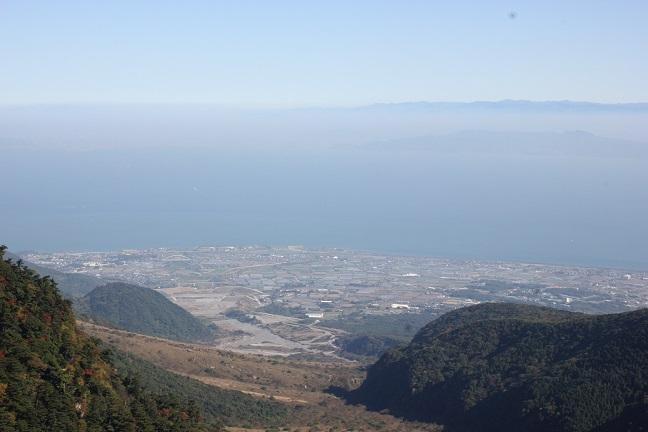 仁田峠の展望台から見る景色の写真