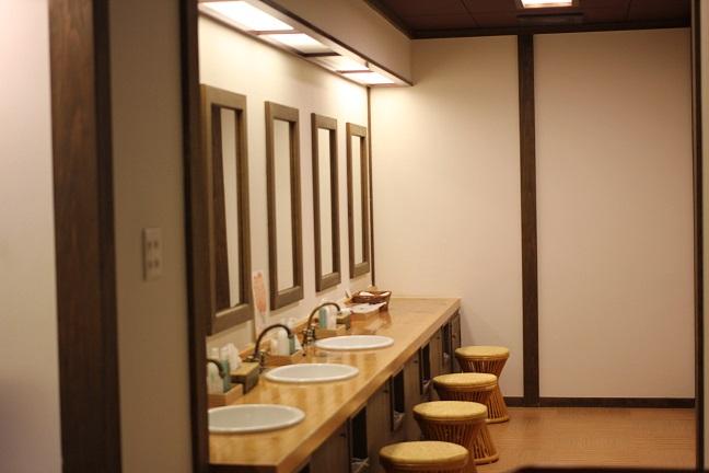 大村屋お風呂のパウダールームの写真