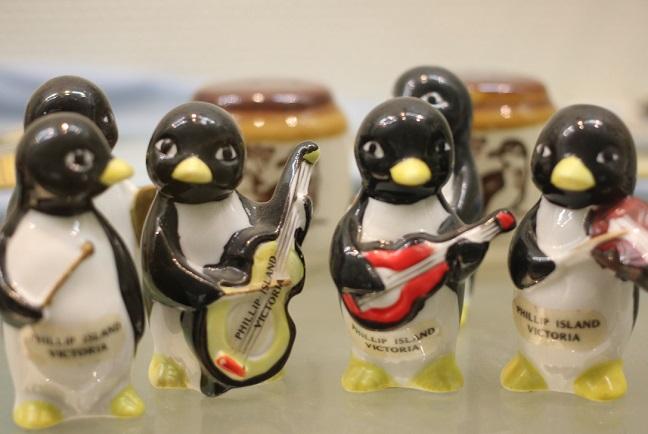 ペンギン水族館の人形のペンギン