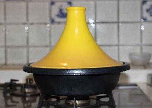 家のタジン鍋の写真