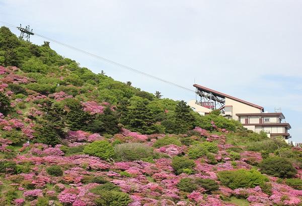 仁田峠のロープウェイの写真