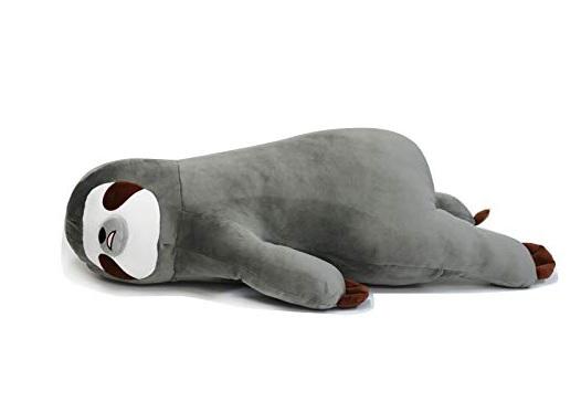 ナマケモノの抱き枕の画像