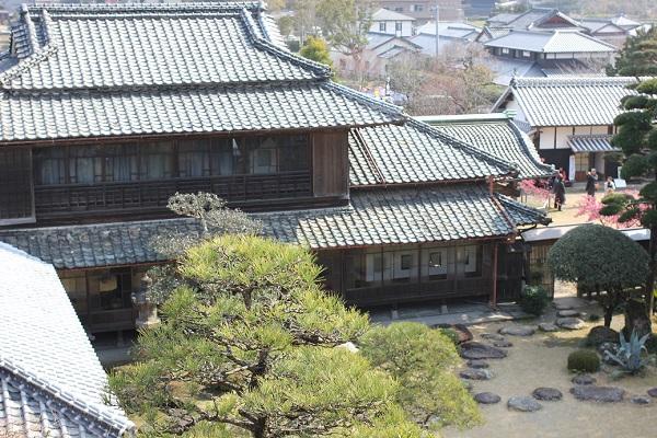 鍋島邸、邸宅の外観写真