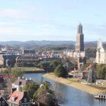ハウステンボスの運河と街の様子の写真