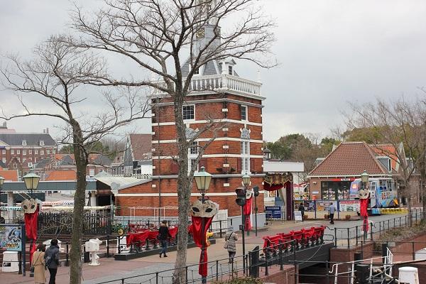 ハーバーゲート付近の街の様子の写真