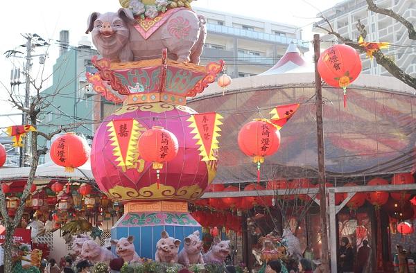 新地中華街会場、ランタンフェスティバルの様子の写真