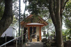 龍神社の外観写真