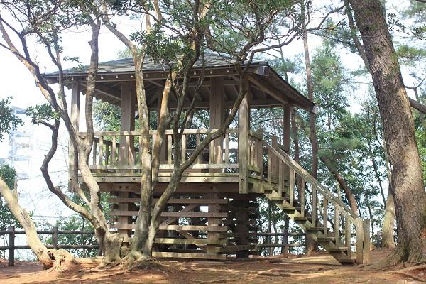 玖島崎キャンプ場の展望台の外観写真