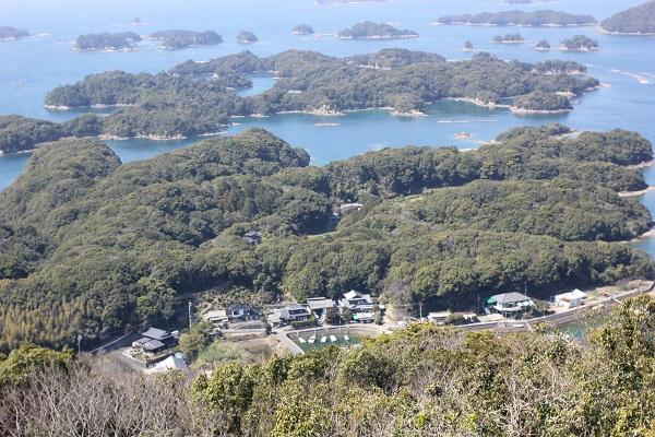 展海峰の展望台から見える島々の風景写真
