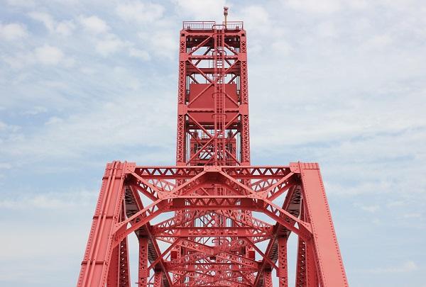 筑後川昇開橋の鉄塔の写真