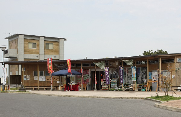 道の駅「ドロンパ」の外観写真
