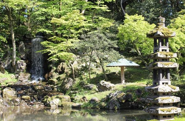 兼六園の瓢池の写真