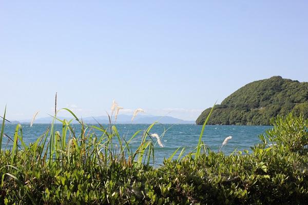 潮井崎公園からの美しい風景、大村湾や島の様子の写真