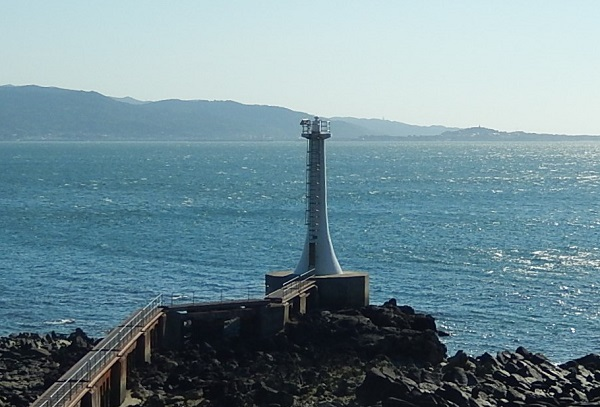 南島原、口之津にある塩詰崎灯台 の写真