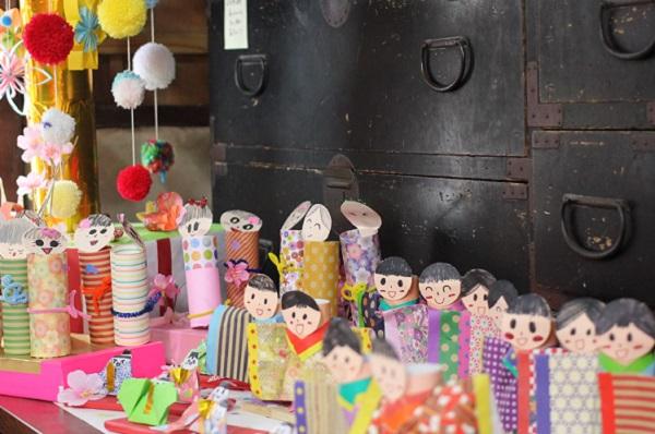 長崎街道松原宿ひな祭り、子供達がつくった可愛いお雛様の写真