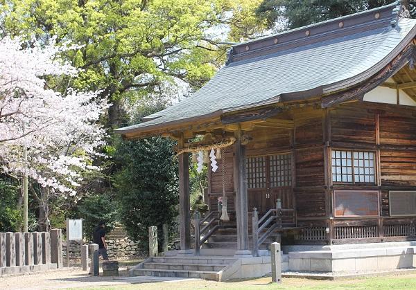 大村護国神社の御社の写真