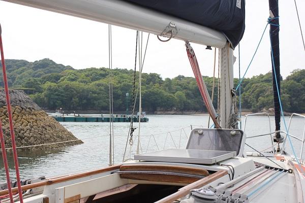 ヨットの船内の様子の写真