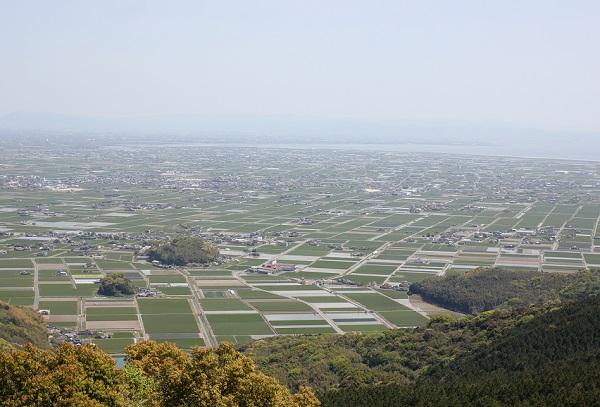 肥前犬山城展望台からの景色写真、城跡や白石平野、有明海