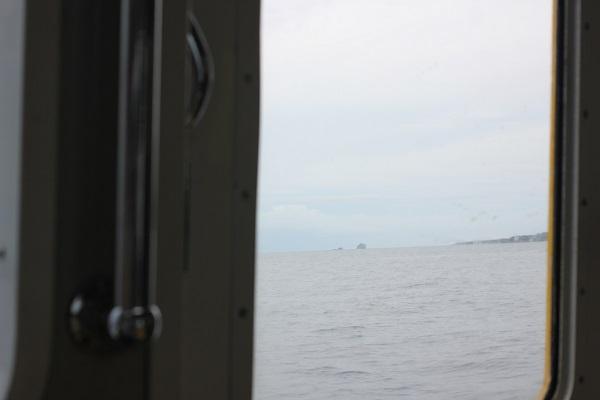 シーガルのドアから見える海
