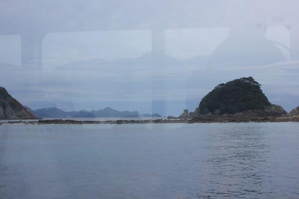 シーガルの窓から見える景色、海と島