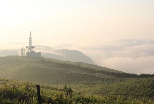大観峰(だいかんぼう)朝焼けと雲海